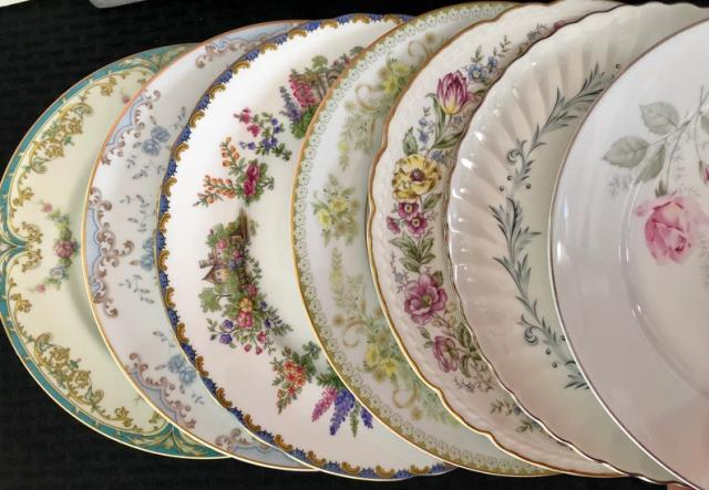 Where to find CHINA - VINTAGE DINNER PLATE - in Batesville