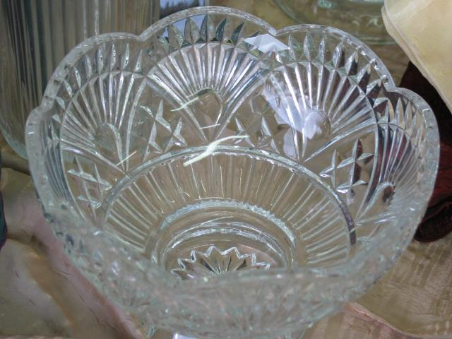 Where to find GLASS  PUNCH BOWL in Batesville