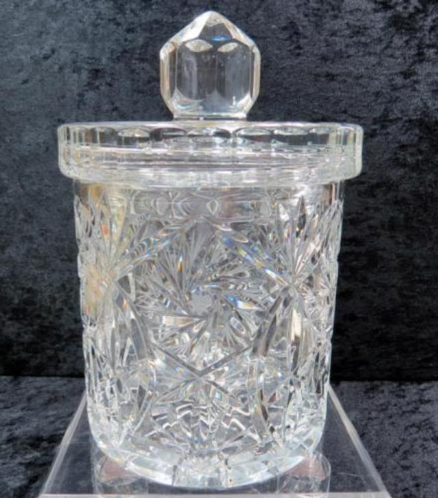 Where to find GLASS CANDY JAR WITH LID  SMALL in Batesville